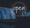 Seit der Umstellung auf Open Data wurden die Webdienste in Thüringen erweitert. Foto: Unsplash (Markus Spiske; Franki Chamaki); StockSnap (Finn Hackshaw)